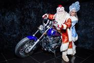 Дед Мороз и Снегурочка ко взрослым