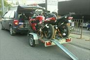 Перевозка мотоциклов на специальном мото прицепе